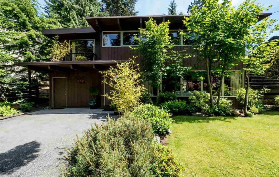3896 Lewister Road, Edgemont, North Vancouver