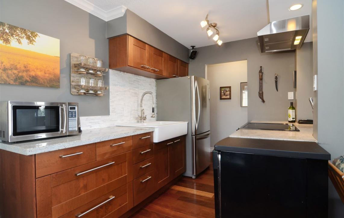 204 - 107 W 27th St, Upper Lonsdale, North Vancouver